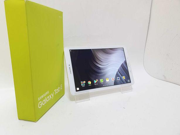 Tablet Samsung Galaxy TAB E komplet