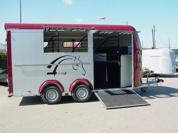 Przyczepa do przewozu czterech koni z przednim wyjściem aluminiowa