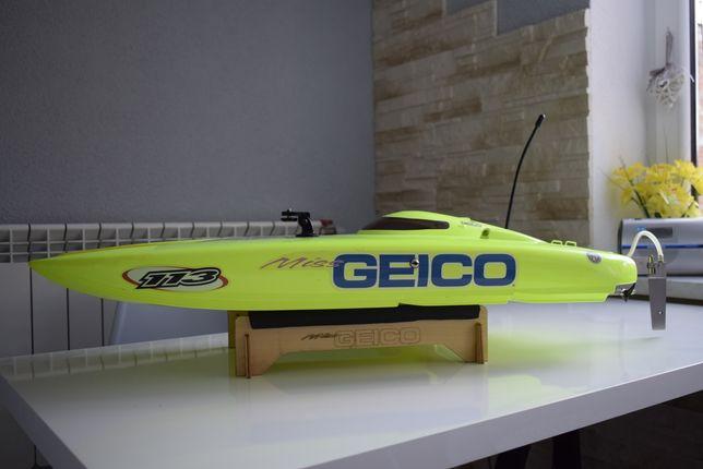 Motorówka zdalnie sterowana Miss Geico 29