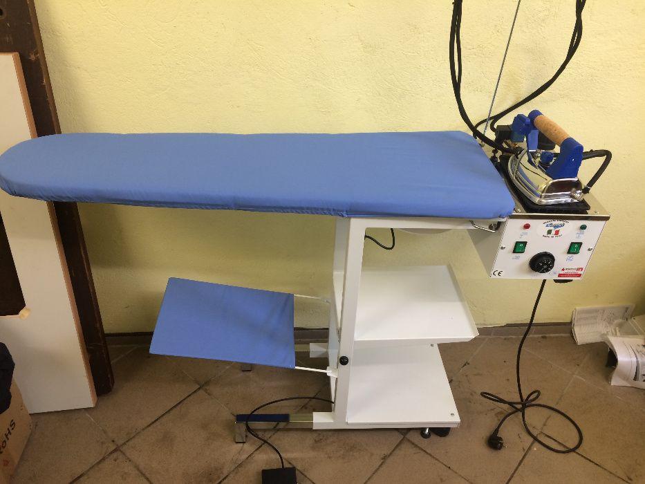 Stół prasowalniczy COMEL COMELUX C z żelazkiem