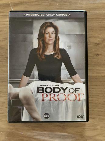 """DVD da primeira temporada completa de """"Body of proof"""""""