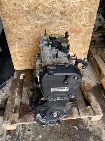 Двигатель Volkswagen Passat B8 1.8 CPR 2016 (б/у) Мотор Пассат б8 cpr