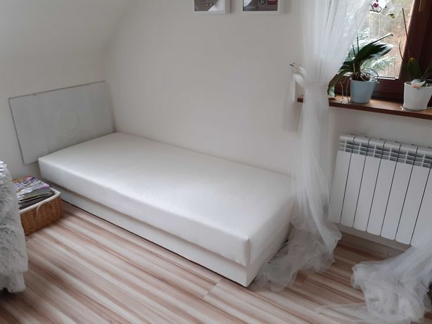 Tapczan, łóżko,  leżanka