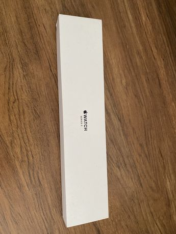 Pudełko po Apple watch