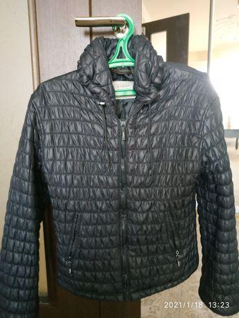 Женская куртка стежка