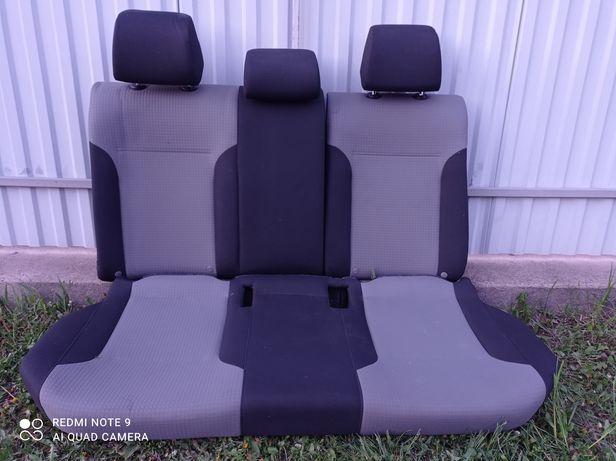 Сидіння задні Volkswagen Jetta