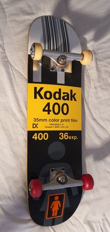 """Skate Profissional Girl """"Edição limitada com parceria com a Kodak """""""