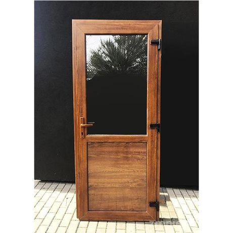 PCV Drzwi WZMOCNIONE kolor złoty dąb 110x210