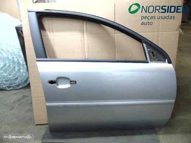 Porta frente direita Opel Vectra C 4P|02-05