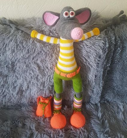 Вязаная игрушка крыс Флагман