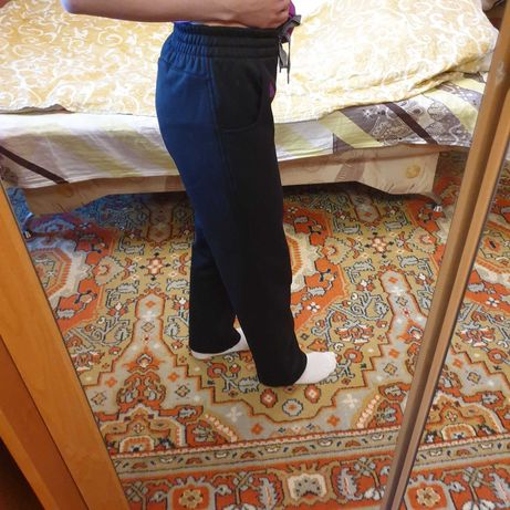 Продам женские спортивные теплые зимние штаны Адидас Adidas