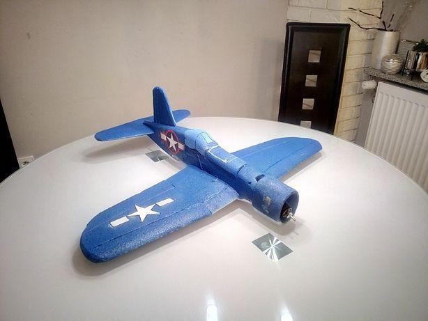 Esa Air combat F4U