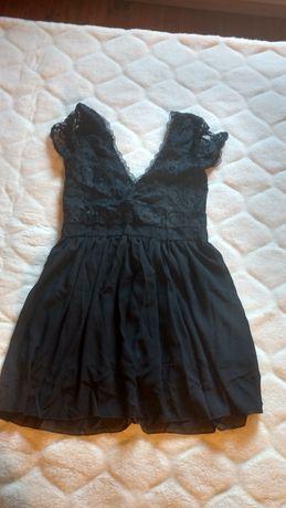 Piękna czarna sukienka, koronkowa, odkryte plecy, 34, stan idealny