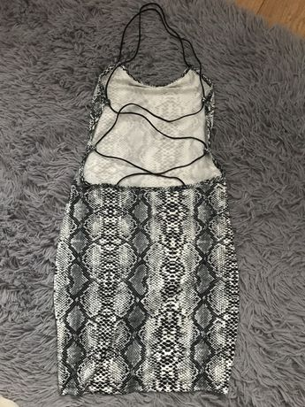 Bluzka sukienka z odkrytymi plecami
