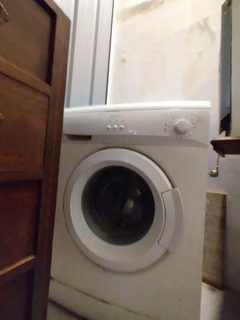 Vendo maquina de lavar usada