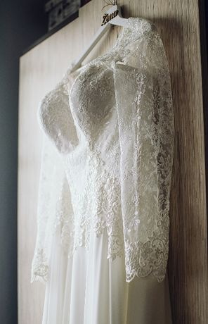 Suknia ślubna Agnes - ręczne zdobienie, muślin