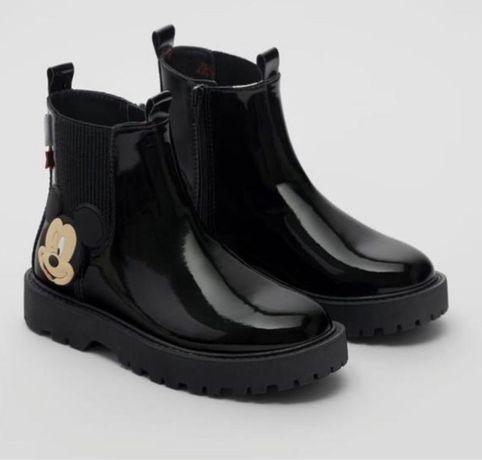 Ботинки Zara для девочки р. 35