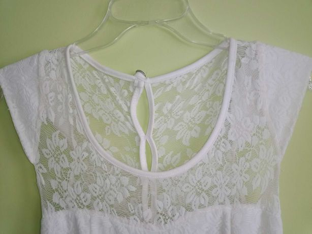 Biała sukienka..