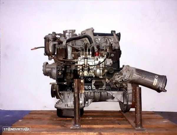 Motor Mercedes  L407D / Unimog / W123 / 240 D OM616.910