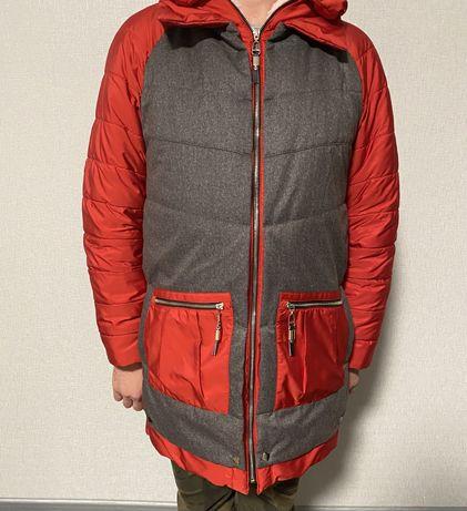 Женская курточка на размер L