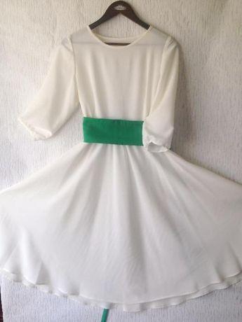 Платье шифоновое 42-44р.