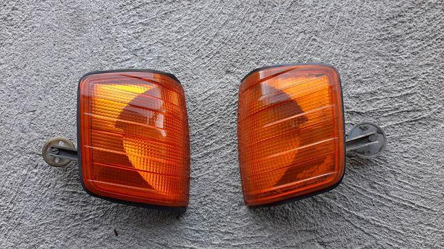 Kierunkowskazy przód Mercedes 190 W201 C klasa komplet 2szt prawy lewy