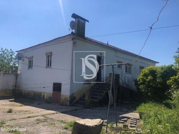 Moradia para Restaurar T3 em Riba de Âncora