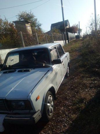 Продам автомобиль ВАЗ 2107 2002 года газ/бензин