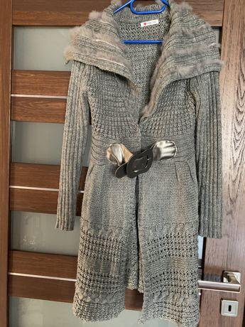 Elegancki swetr M