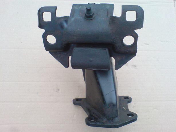 Poduszka silnika przednia prawa Navara III Pathfinder R51 2.5DCI