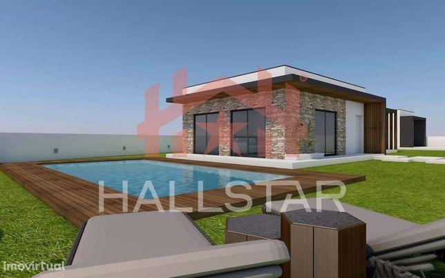 Terreno com projeto aprovado / 775m2 / Excelente Exposição Solar / Pis