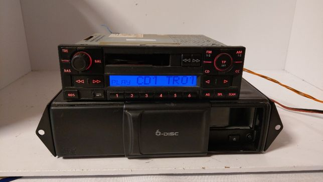 VW Beta oryginalne radio z kodem i zmieniarka