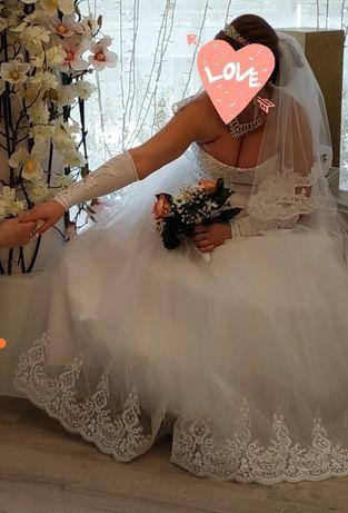 Очень срочно продам свадебное платье
