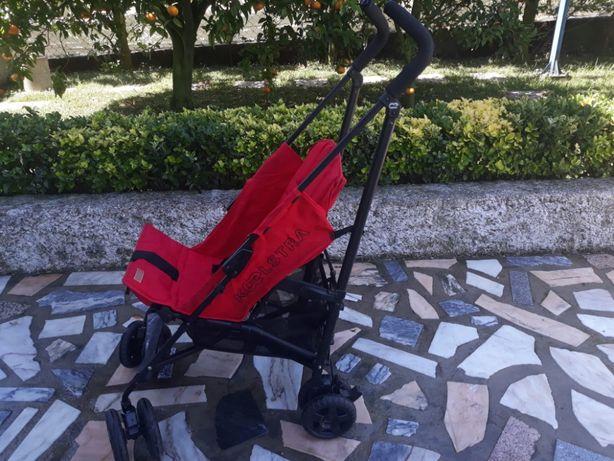 Cadeirinha de passeio para criança