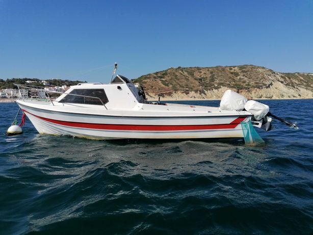 Barco OBE Semi-Cabinado