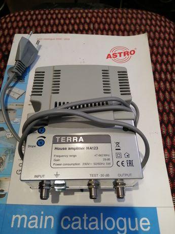 Усилитель сигнала домовой TERRA HA123