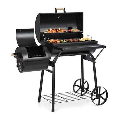 Beef Brisket smoker grill wędzarnia czarny