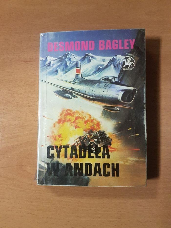 Cytadela w Andach powieść sensacja Desmond Bagley. Warszawa - image 1