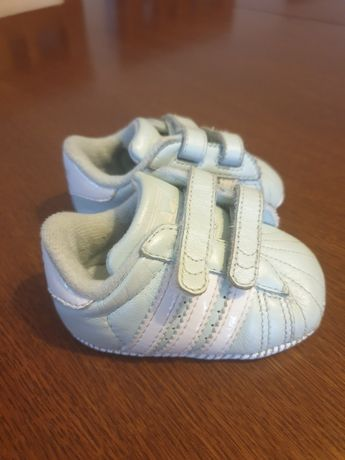 Buciki, niechodki Adidas r.17
