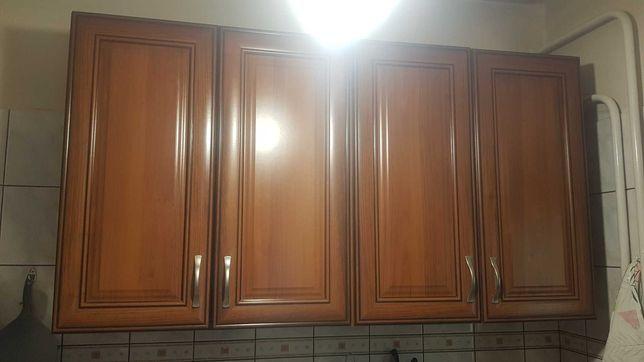 wiszące szafki kuchenne