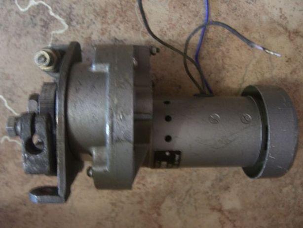 Протяжка, подающий на полуавтомат, механизм протяжки