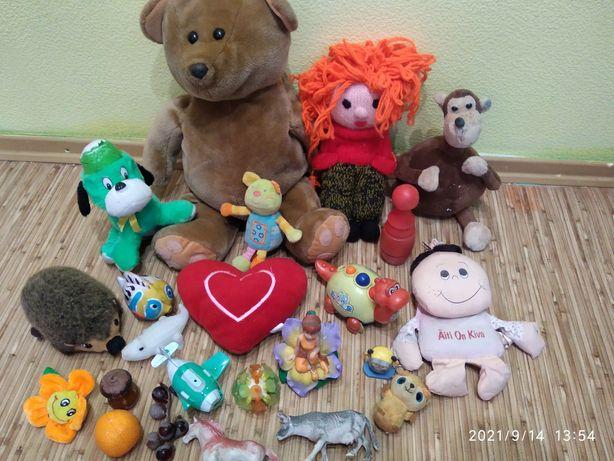 Большой набор игрушек