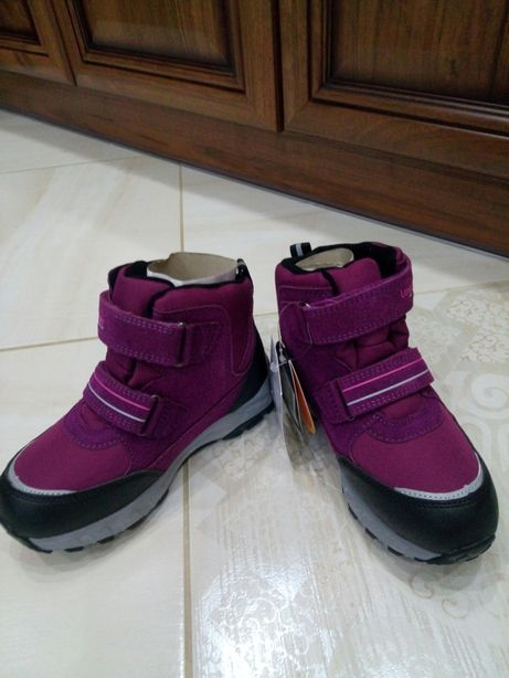 Зимові черевики для дівчинки REIMA Lassie