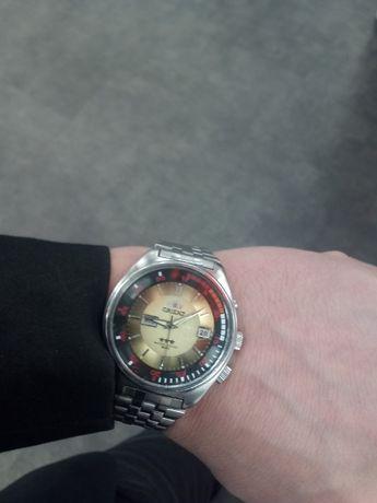 Продаю часы наручные