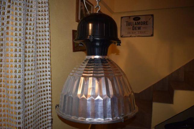 Lampa wisząca, industrialna, vintage, antyk.
