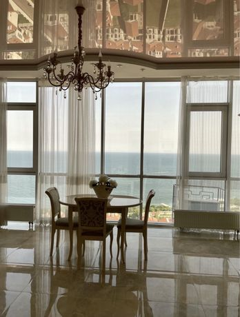 Элитные апартаменты в аркадии с панорамным видом!