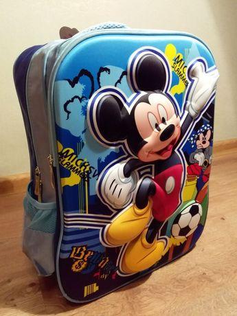 Рюкзак ранец детский 3 Д Микки Маус школьный для начальных классов