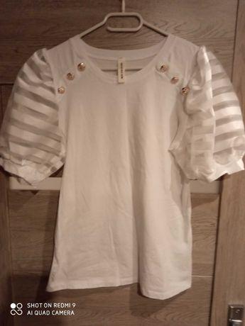 Piękna bluza biała