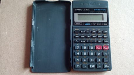 Інженерний науковий калькулятор Casio FX-250HA