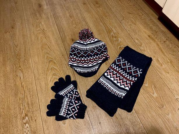 набор шапка шарф перчатки Primark